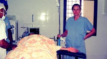 Siostra Małgorzata w sali operacyjnej